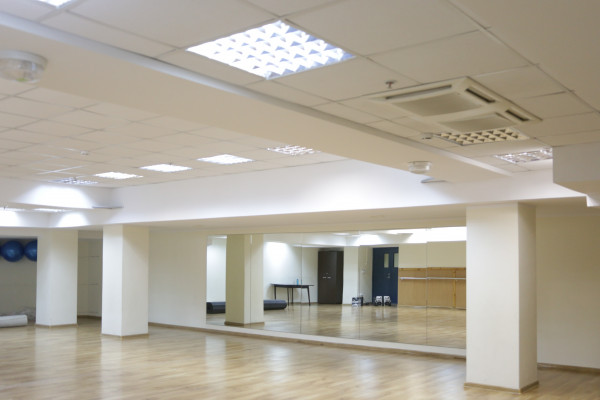 Тренировочный/танцевальный зала «Игра»